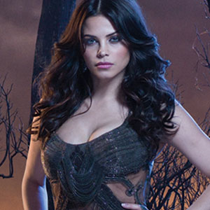 Jenna Dewan Tatum as Freya Beauchamp