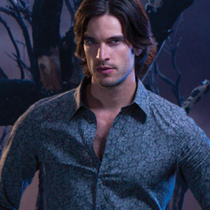 Daniel DiTomasso as Killian Gardiner