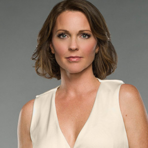 Kelli Williams as Jackie Clarke
