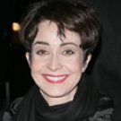 Annie Potts as Charlotte's Mom