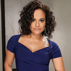 Judy Reyes as Zoila Diaz