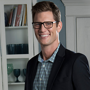 Ryan McPartlin as Kyle