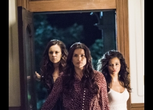 Witches of East End Season 2  Episode 13 Photos